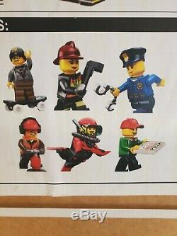New 15 LEGO Toys R Us Store Display Sign Character Set of 6 diferent