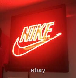 Rare NIKE HUGE NEON LIGHT UP Shoe Store Advertising Sign Display 19 X 19 swo