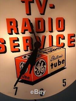 Vintage 50s GE TV Tubes Radio Service Lighted Clock 16 Dualite Works