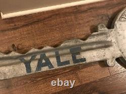 Yale 32 Big Metal Key Store Display Locksmith Sign Hanging Mount Stamford Conn